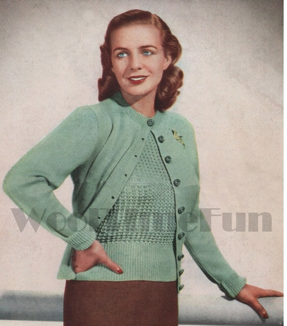 Long//Short Sleeves.34-36 Inch Bust. Knitting Pattern Ladys Vintage Cable Jumper