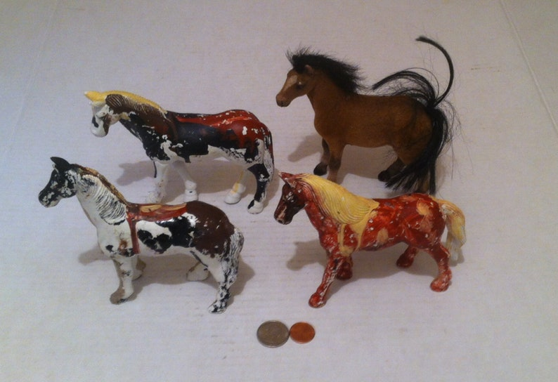 4 Vintage Toy Horses, Shelf Display, Room Decor, Solid, 3 Hand Painted, 1  Fiber, Country and Western, Free Spirit Horses, Ponies, Mares