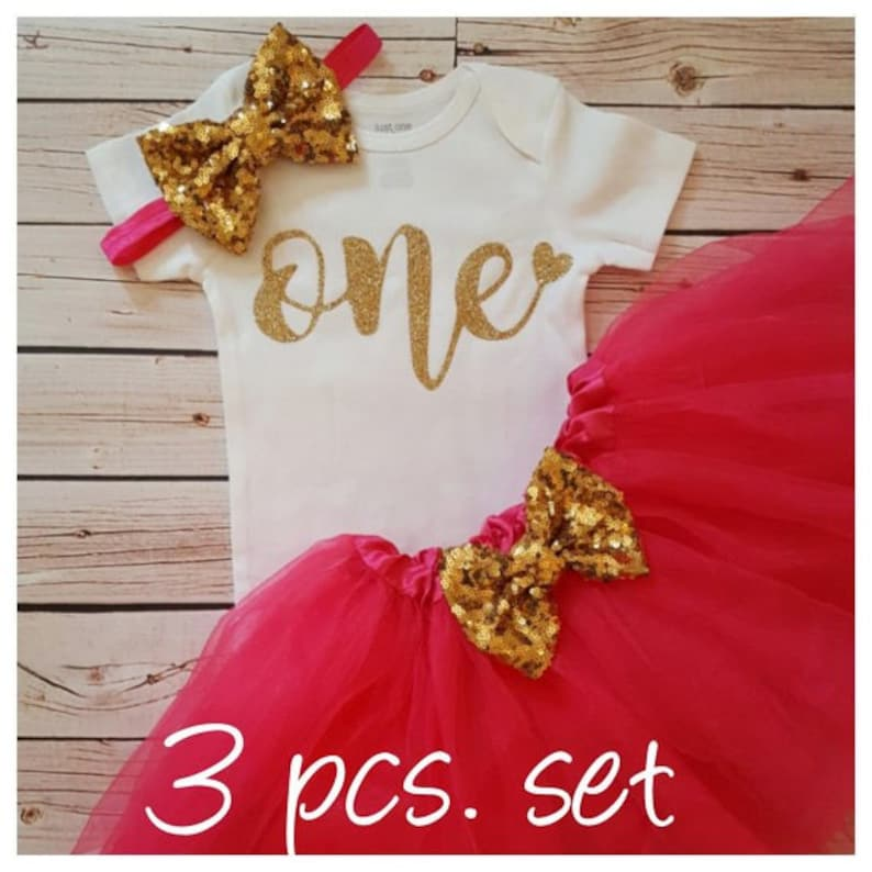 Hot pink and Gold first birthday outfit,first birthday outfit,first birthday girl outfit,birthday tutu,Hot pink tutu,girl birthday outfit