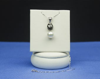 Brown Diamond pendant with pearl