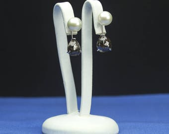 Brown Diamond earrings with pearl