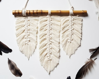 Macrame Feathers Wall Hanging, Boho Feathered Art, Knotted Macrame With Feather, Rope Feather Wall Decor, Corded Feather, Leaf