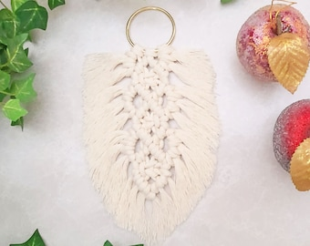 Macrame Feather Wall Decoration, Small Boho Feathered Art, Knotted Macrame Hanging With Feather, Rope Feather Decor, Corded Feather, Leaf