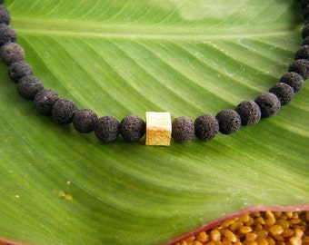 Classic: Lava gold cube Necklace (6 mm)