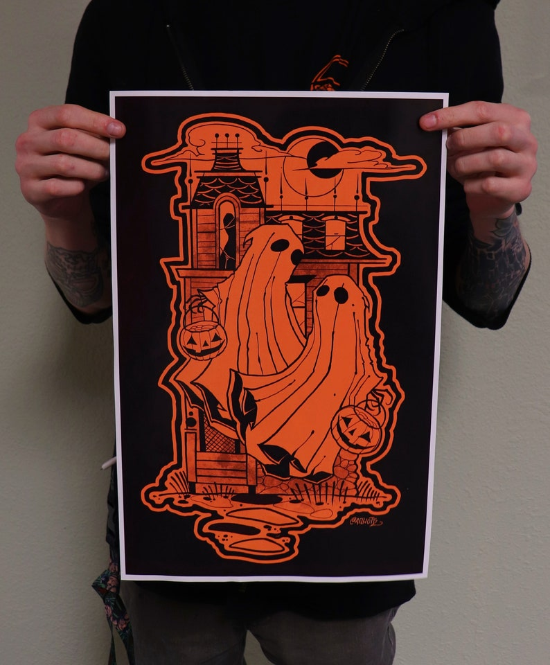 POSTER PRINT-Victorian House Ghost image 0
