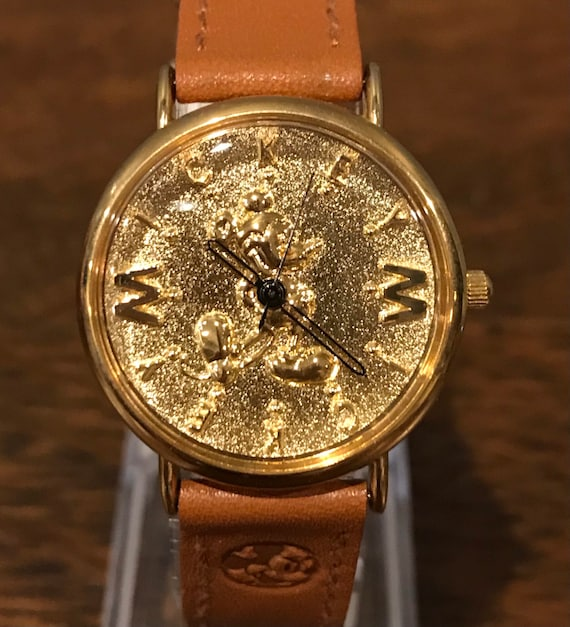 1990's Disney Gold Toned Mickey Mouse Watch- Vinta