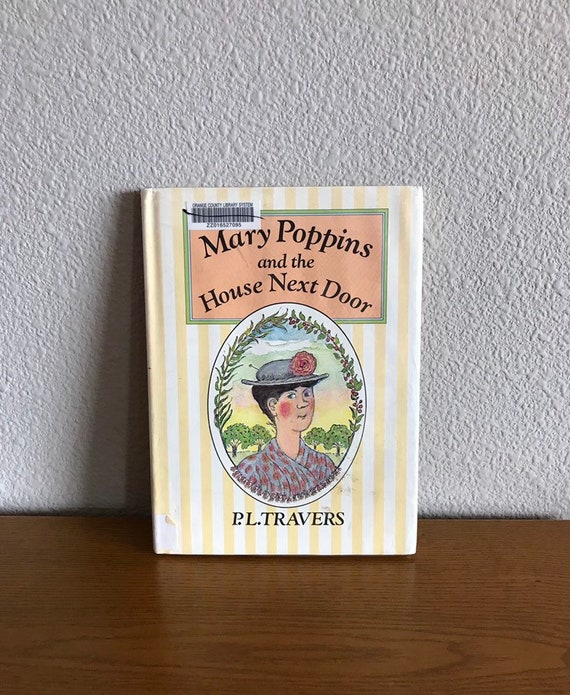 Mary Poppins by Travers  Illustrated Collectible Gift Hardcover Classics