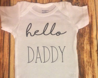 hello daddy, personalized onesie, baby girl onesie, baby boy onesie, baby shower gift, custom onesie, hello daddy onesie