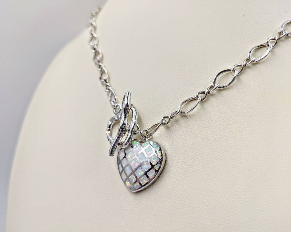 White Fire Opal /& 925 Sterling Silver Heart and Diamond Cut Chain Toggle Necklace; Opal Heart w Hammered Front Toggle Close; Heart Necklace
