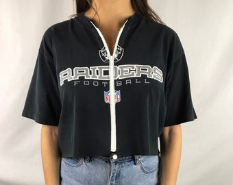 017ce08eda54db Vintage Oakland Raiders Football Cropped Zip-up Tee (M)