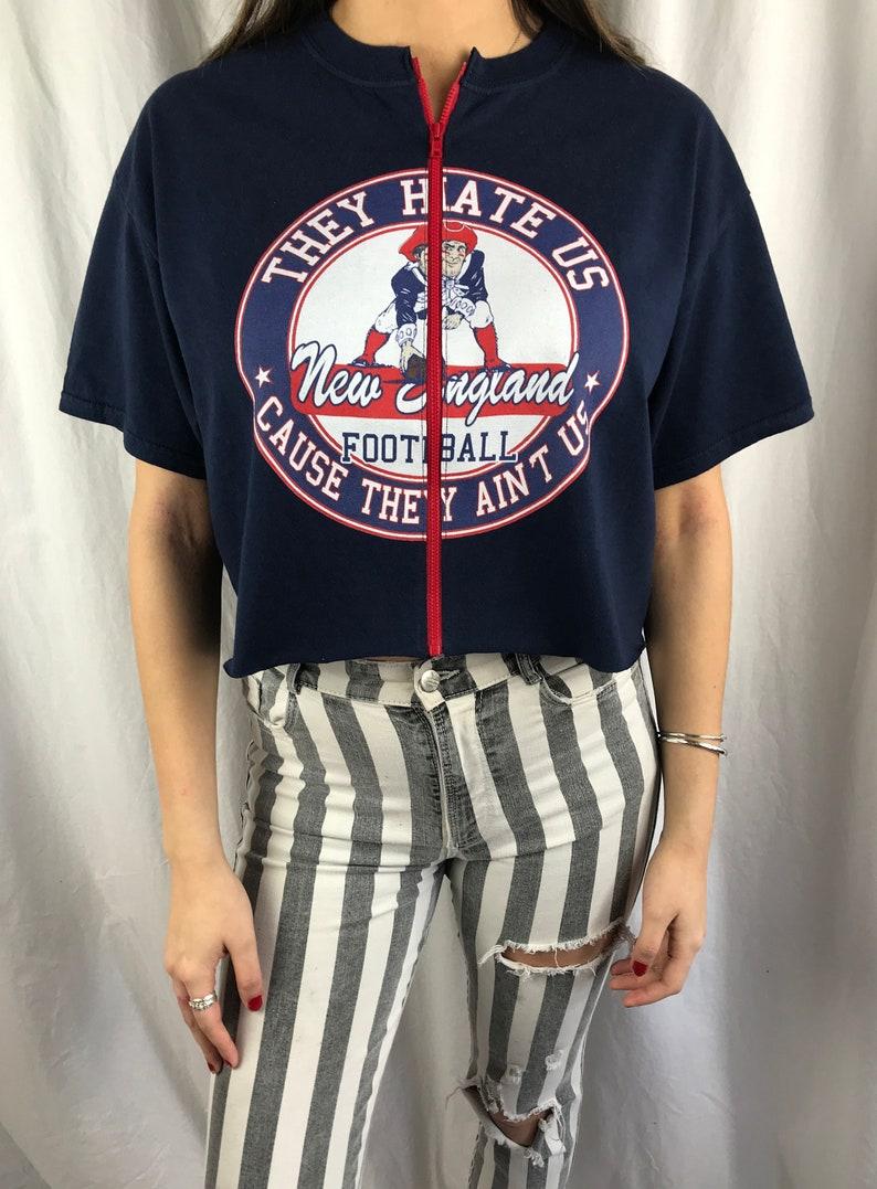 c87e24d173d4a Vintage New England Patriots Cropped Zip-up Tee L