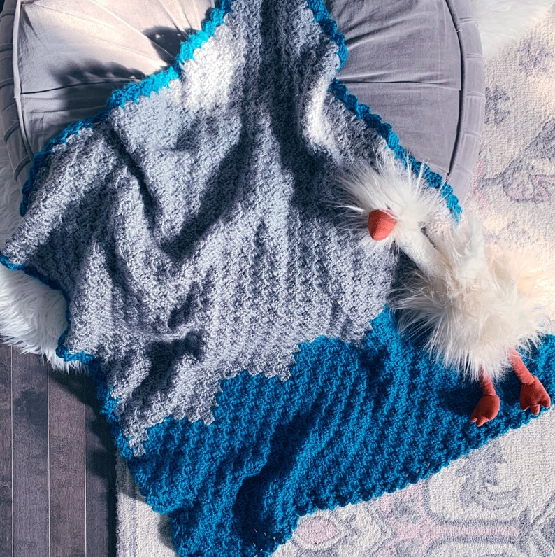 READY TO SHIP . Hand crocheted finished scallop baby blanket. image 0