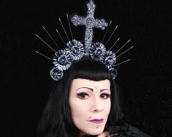 READY TO SHIP , Sale / gothic headpiece, goth crown, cosplay, fantasy costume, religious, medusa, blind mask