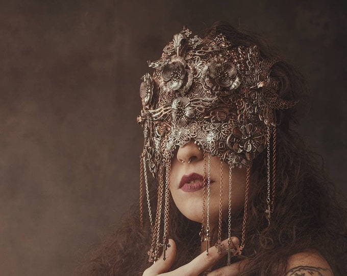 II. Holy crow, blind mask, fantasy mask, goth crown, gothic mask, gothic headpiece, medusa costume, gothic crown / Made to order