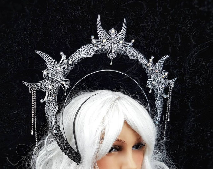 "Heiligenschein "" ice queen ""  Haarreif, Halo, Gothic Crown, gothic headpiece, goth headpiece, holy crown, goth crown / Made to order"