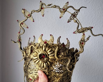 """READY TO SHIP / Blind mask """" Halo of Medusa """", cosplay, goth crown, medusa costume, fantasy mask, gothic Headpiece, Cleopatra, gothic crown"""
