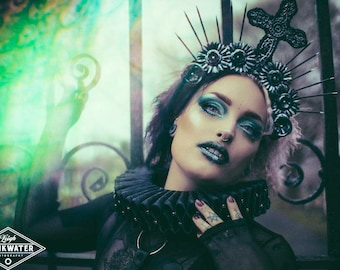 Holy gothic cross halo crown headpiece in black/silver or black/gold, Gothic cross halo crown in various colour finish, MADE TO ORDER