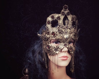 "Mask ""Queen of hearts"", blind mask or classic mask, church mask, different colors, MADE TO ORDER"