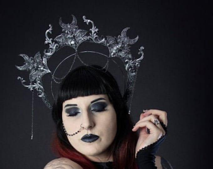"Halo Vampire "" Big Bats "",Haarreif, gothic headpiece, gothic headdress, holy crown, goth crown, gothic crown, medusa costume / Made to order"