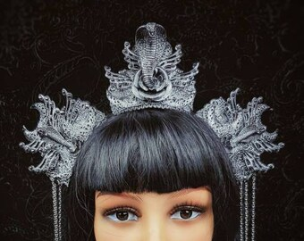 Cleopatra headpiece, cobra headpiece, gothic headpiece, cosplay, medusa costume, Snake crown, available in different colors/ MADE TO ORDER