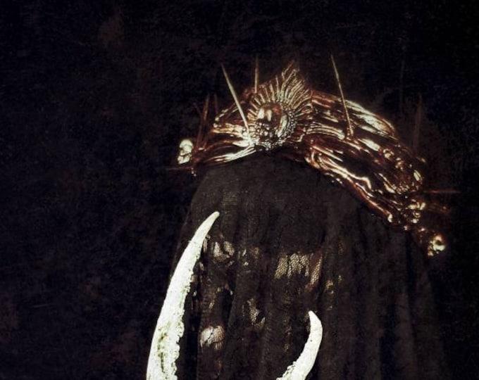 Gothic crown, Thorns Crown with skulls, gothic headpiece, goth crown, gothic crown, medusa costume, Dornen Krone / Made to order , your size