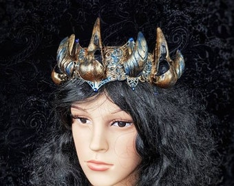 """Crown """" Raven King """" , pagan crown, horns crown, vikings, cosplay, goth crown, gothic headpiece, medusa costume, blind mask /  Made to order"""