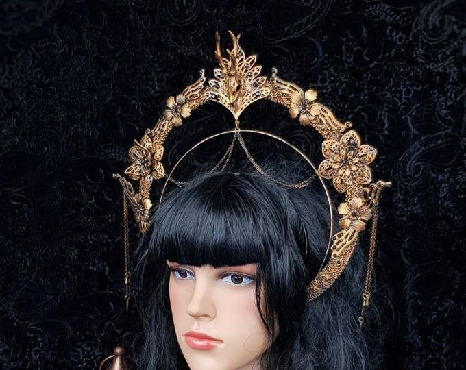 Halo Cernunnos, Deer Skull Heiligenschein Haarreif, pagan headpiece, gothic headdress, goth crown, gothic headpiece / Made to order