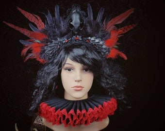 Halloween Special, The Cat warrior, goth headpiece and elizabethan ruff with lace and red & black feathers, Ready to ship