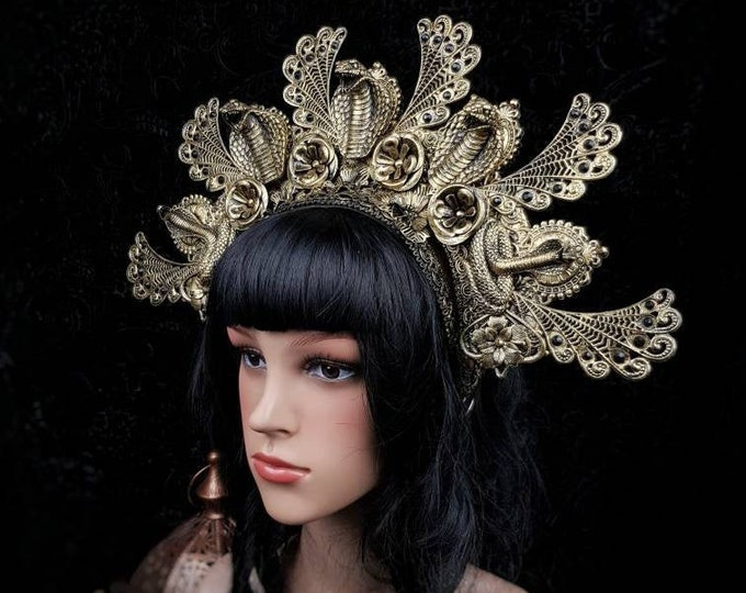 Medusa Costume, Cleopatra Headpiece, Cleopatra crown, snake, Cobra Headpiece, gothic crown, fantasy costume, blind mask / Made to order