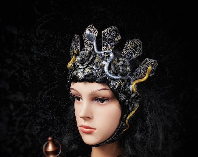 """Ready to ship """"Warrior of Medusa"""" Frame Headpiece with snakes, fantasy costume, gothic crown, gothic headpiece, medusa costume, medusa crown"""
