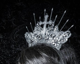 "Quickly available, Gothic Crown ""Classic goth"" halo Headpiece in different colours available/Gothic Krone,fast available"