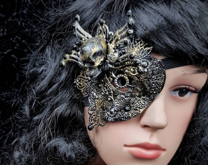 "Blind mask, Eye Patch "" king of skulls "", Metall Augenklappe, fantasy mask, gothic Headpiece, goth crown, medusa costume / Made to order"