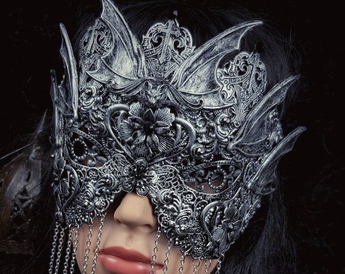 "Blind mask ""Vampire bat"",vampire mask, gothic crown, bat mask, gothic headpiece, fantasy mask, medusa costume / MADE TO ORDER"