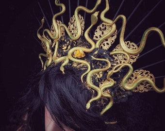 III.Medusa Halo Headpiece, with more snakes, different colors available, medusa costume Headdress, fantasy headdress