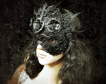 Black Widow blind mask, metal mask with crosses and metal flowers, in different colors + Antique look available/MADE TO ORDER