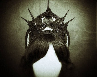 Halo Gothic Kokoshnik in black/white Frenchhood with cabochons and lace/MADE TO ORDER