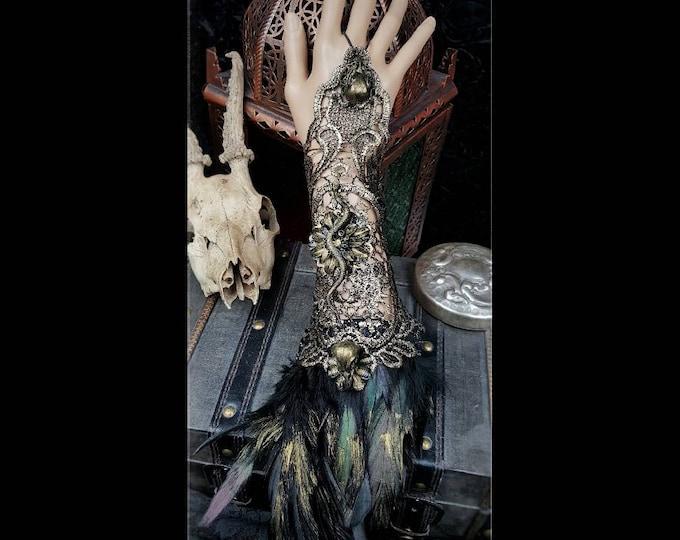 medusa fingerless gloves