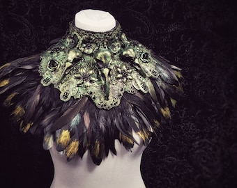 "Chest armor ""Black Swan"" Kragen, metal collar,birdskulls (Resin),with or without feathers,different colors & Styles/ Made to measure"