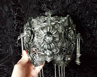 "Immediately lieferal/silver-black mask couture ""Crucified flowers"" blind mask, metal mask with crosses, chains and metal flowers, Ready to ship"