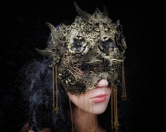 Black Widow blind mask, Metallmaske mit Kreuzen und Metallblumen, in different colours +  Antique look available/MADE TO ORDER