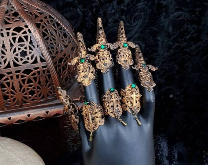 "Finger claws ""Crucified"", armor, gothic headpiece, gothic crown, medusa costume, goth crown, metal claws, blind mask, cosplay/ Made to order"