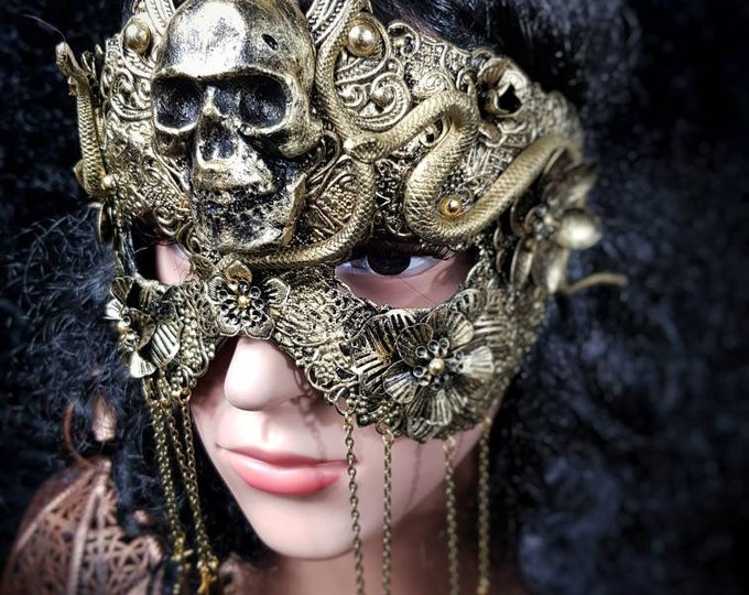 "Classic mask, Blind Mask ""Godess of snake"", Metall maske mit Schlangen, Medusa costume, gothic headpiece, gothic crown /MADE TO ORDER"