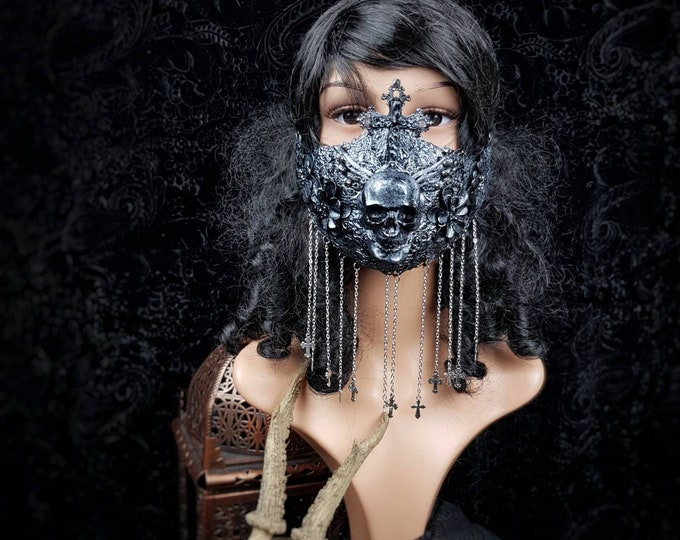 Assassin Jaw mask, mouth mask, warrior jaw mask, skull mask, gothic headpiece, medusa costume, goth crown /Made to order