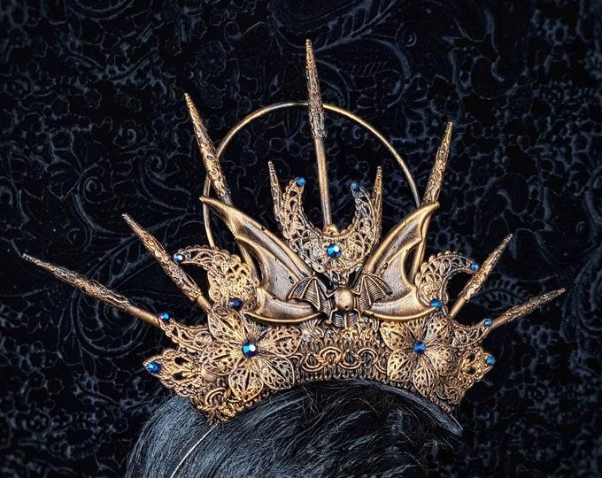 "READY TO SHIP / Gothic Crown ""Vampire "" , Goth crown, gothic headpiece, bat crown, bat headpiece, cosplay, halo, blind mask, medusa costume"