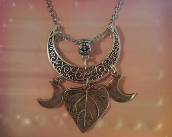 Necklace Triple Moon Nature...