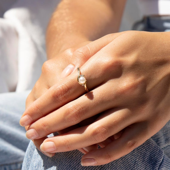 9ct gold - pearl antique ring - pearl cz ring - pe