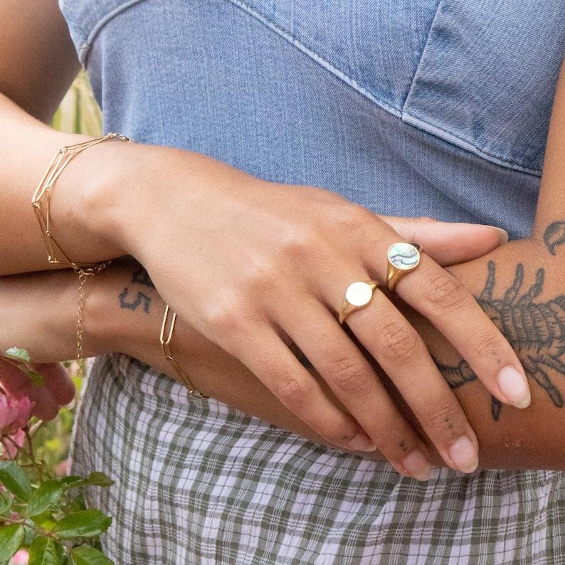 9ct gold ring ring round signet gold band 9ct gold signet ring band gold signet  ring I3-R-4624 chunky round signet ring