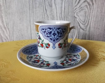 Small Cup and saucer Kütahya