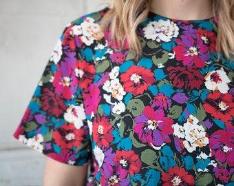 Casual Vintage Floral, Multicolor Top || Nicola || Medium