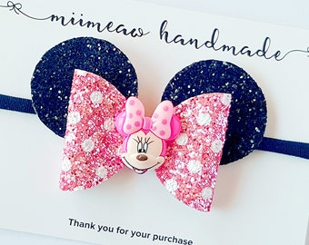 Minnie Mouse Hair Bow, Minnie Mouse-inspired hair bow, Disney Inspired, Glitter hair bow